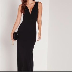 Miss guided Plunge Maxi Dress Black